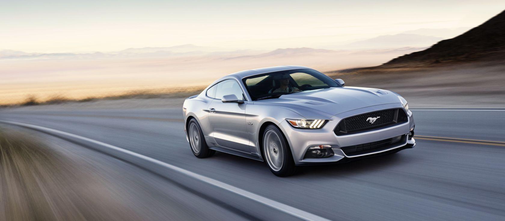 Mustang-2015-04
