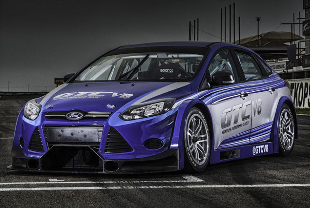 V8-500bhp-Focus-Sedan-03