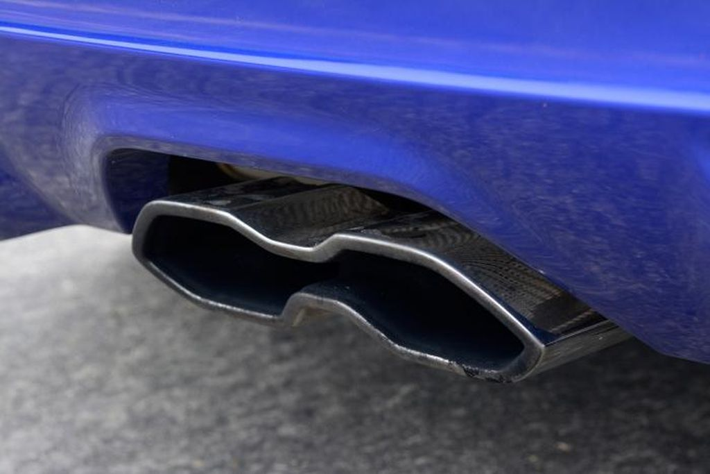 focus-st-10-exhausts