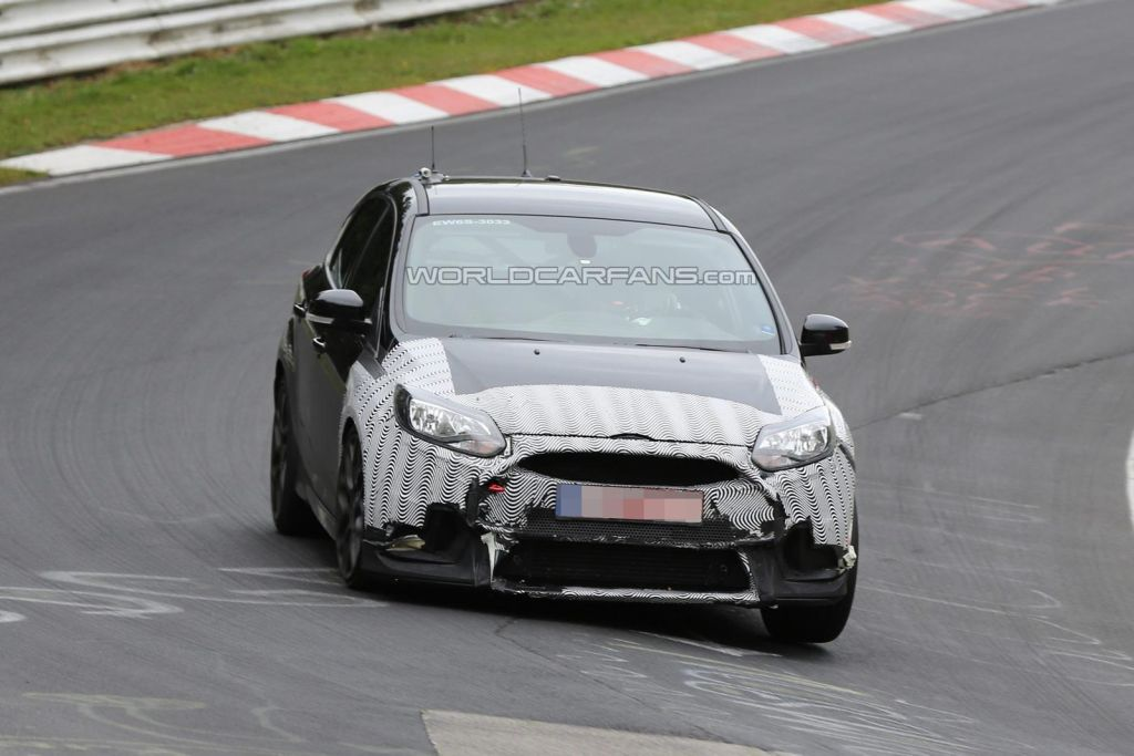 Spy shots Focus RS 2016-06