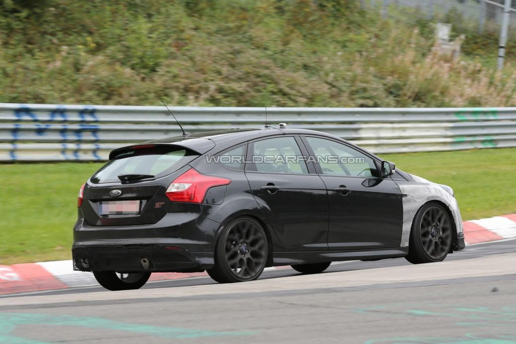 Spy shots Focus RS 2016-07