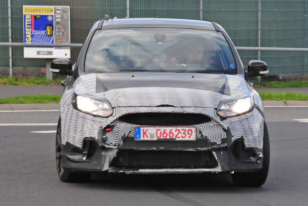 Spyshots Focus RS 2016-03