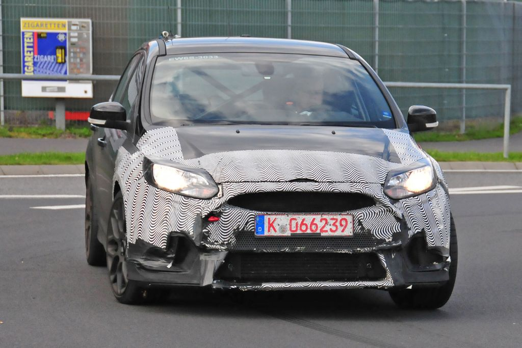 Spyshots Focus RS 2016-05