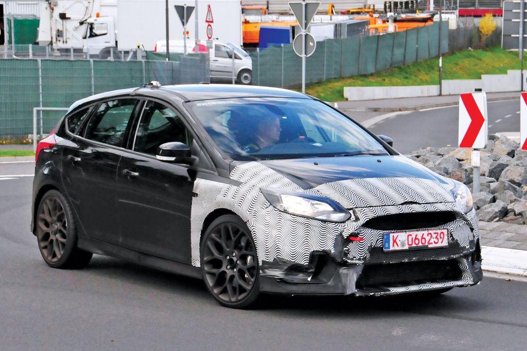 Spyshots Focus RS 2016-06