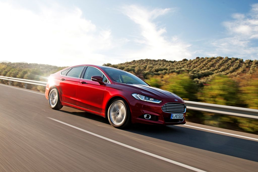 New Mondeo 1.0 ltr EcoBoost motor-01