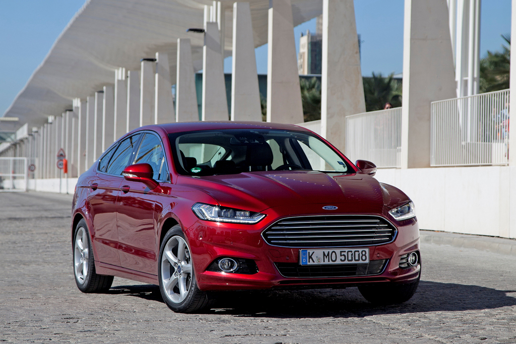 New Mondeo 1.0 ltr EcoBoost motor-05
