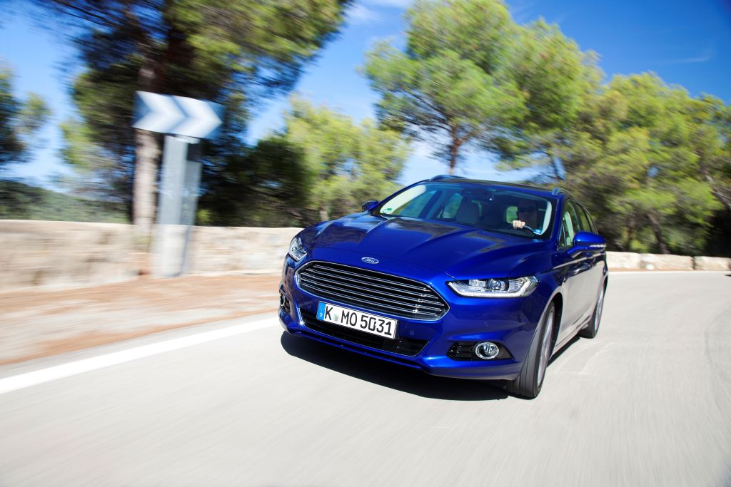 New Mondeo 1.0 ltr EcoBoost motor-11