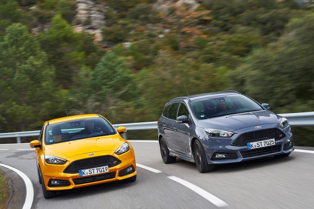 Focus ST Estate review-09