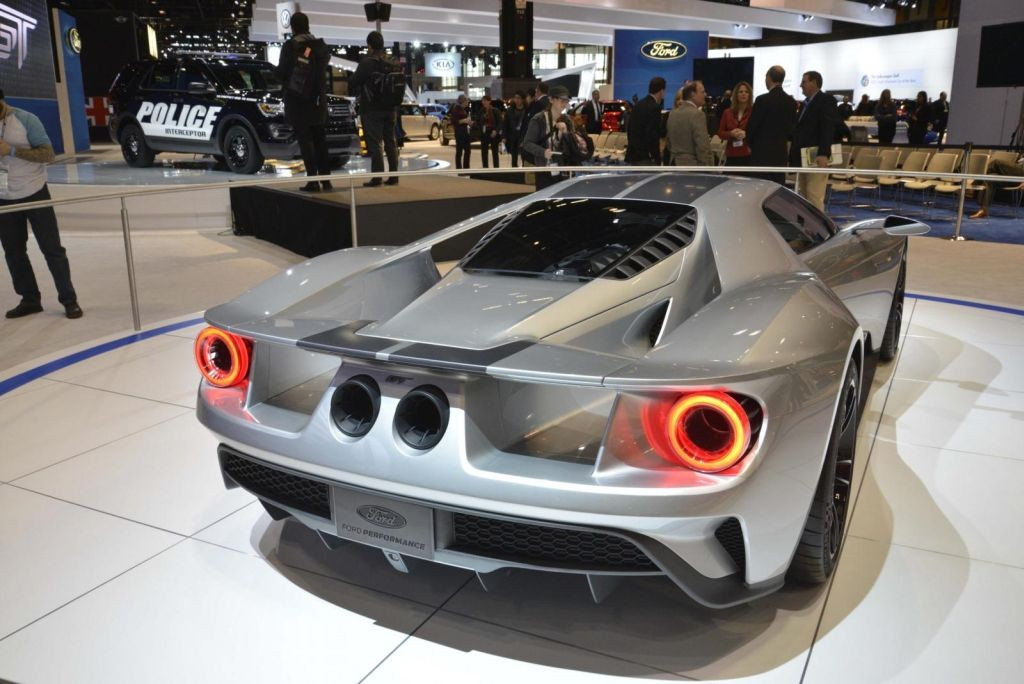 Ford GT Silver Chicago-02