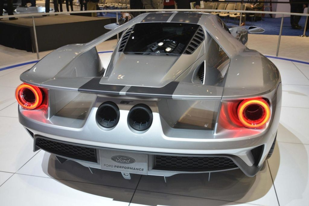 Ford GT Silver Chicago-04