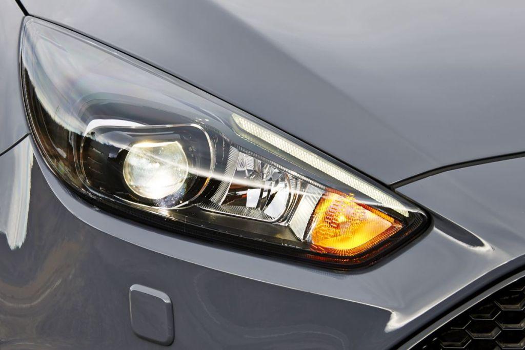 Autoweek test Focus ST Diesel-03