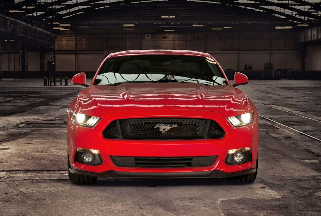 Ford Mustang vooraanzicht