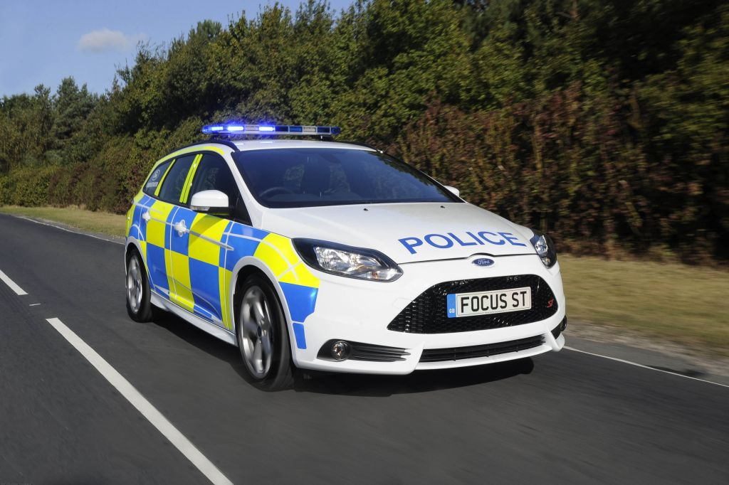 Cop This! Ford Transforms All-New Focus ST Into Police Demonstrator. (UK) (10/23/2012)