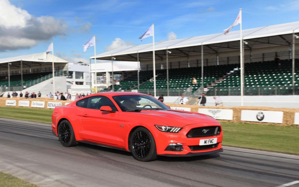 'Virtual 'Hot Lab in the alle new Ford Mustang