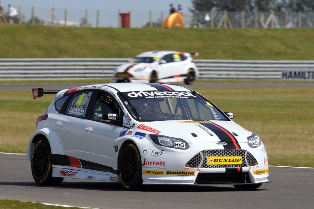 BTCC Motorbase Performance Team Snetterton 2015