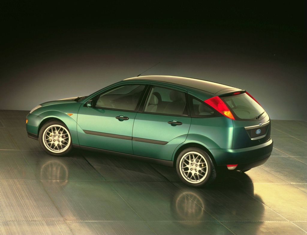 The all-new Ford Focus was revealed on the the 1998 Geneva Auto Show