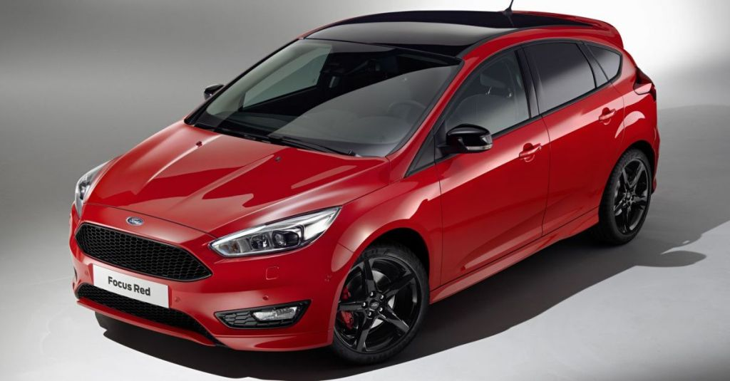 Ford Focus 2015 Black & Red Edition