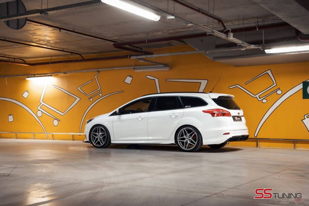 Ford Focus ST Wagon 'Predator' by SS-Tuning
