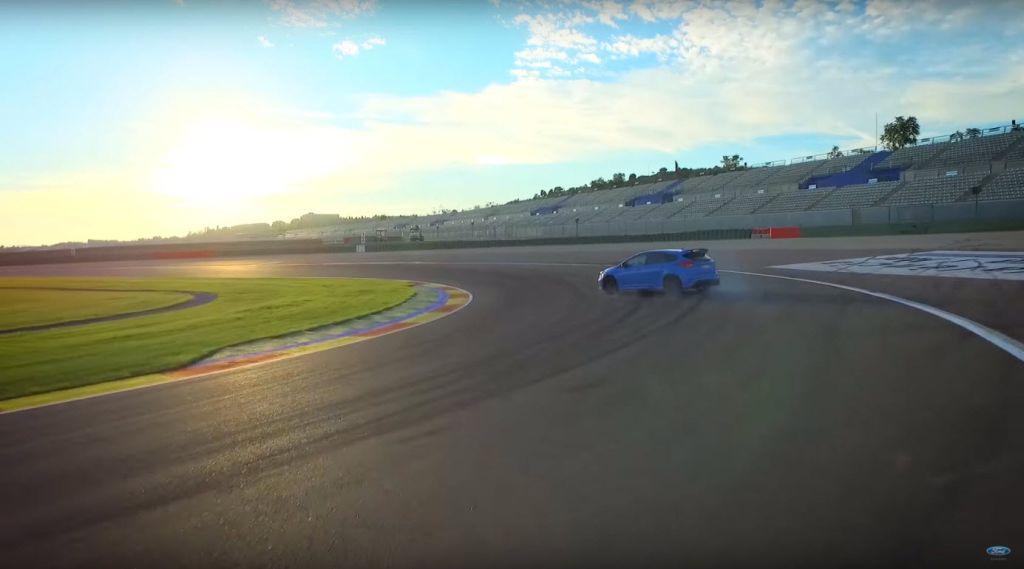 2016 Focus RS drive modes explained