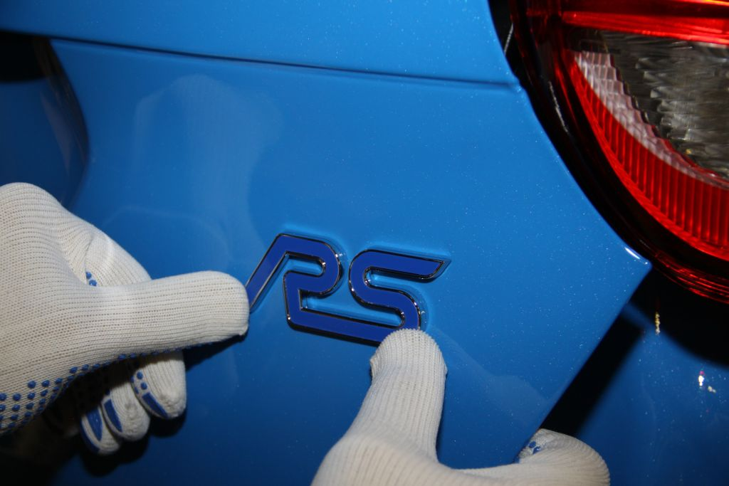 Ford Accelerates Production of Performance Cars for Europe as First All-New Focus RS Rolls off the Line