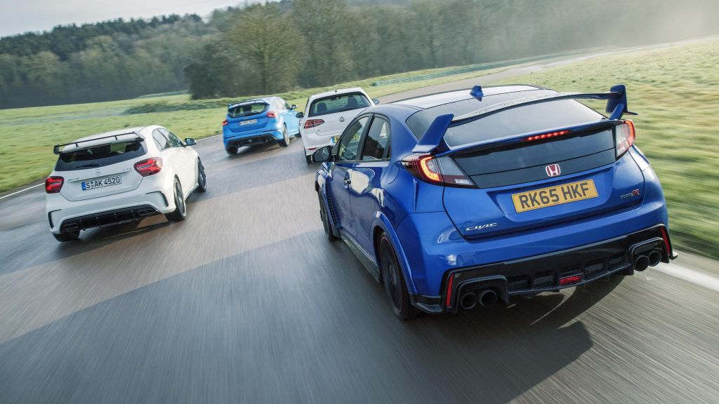 2016 Ford Focus RS vs rivals