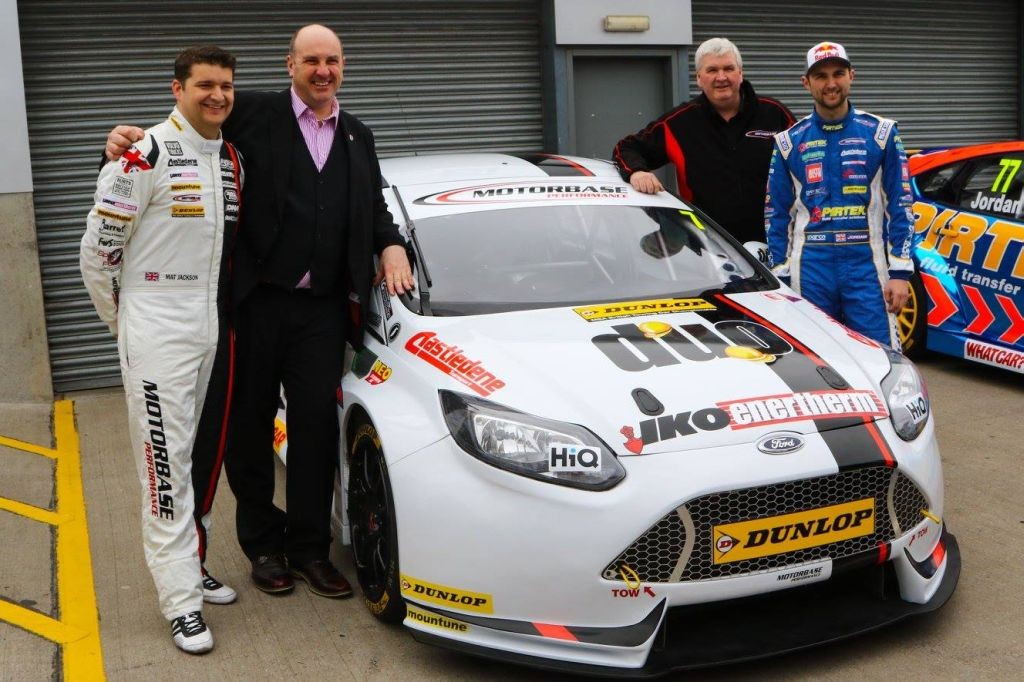2016 Motorbase Performance Team-03