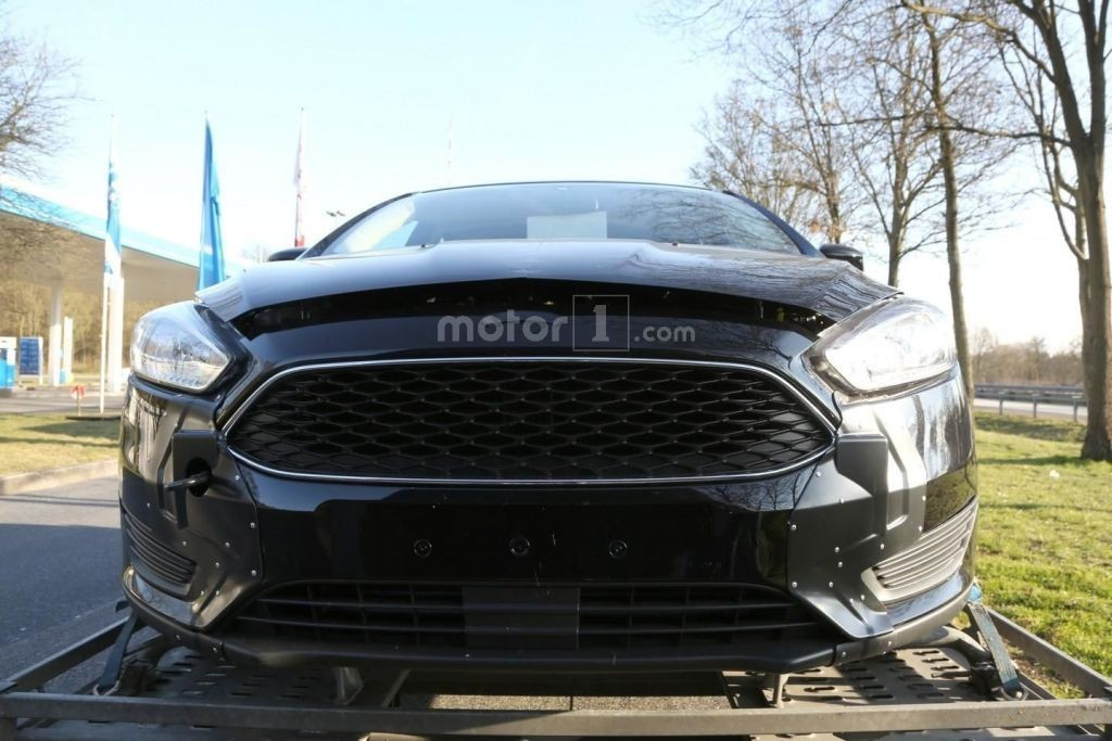 2018 Ford Focus spy shots