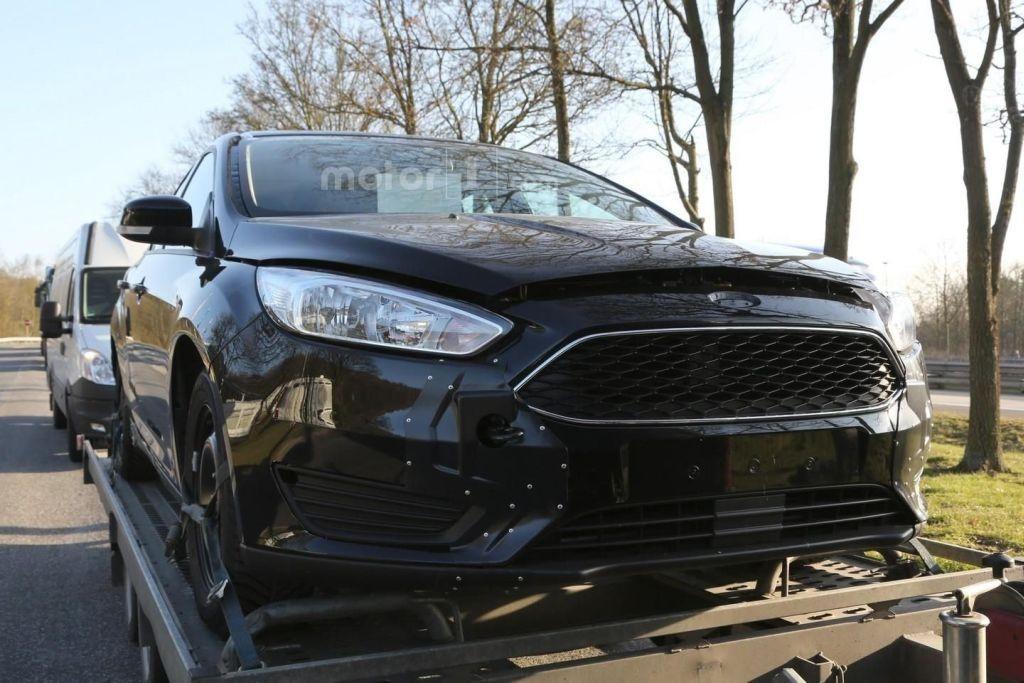 2018 Ford Focus spy shots