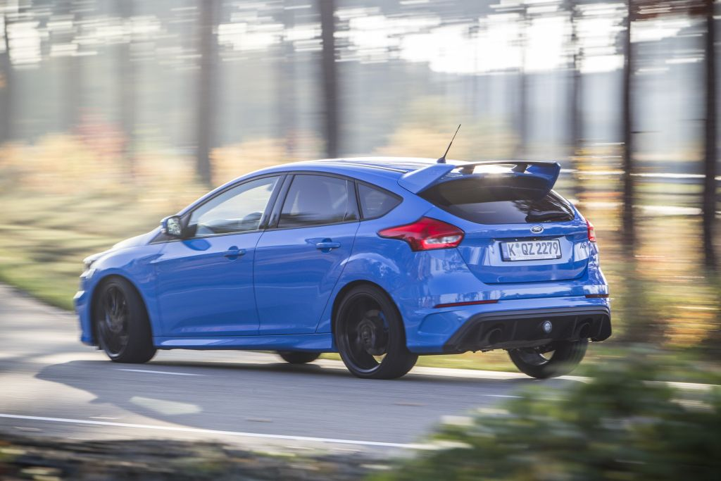Top Gear's Chris Evans review 2016 Focus RS