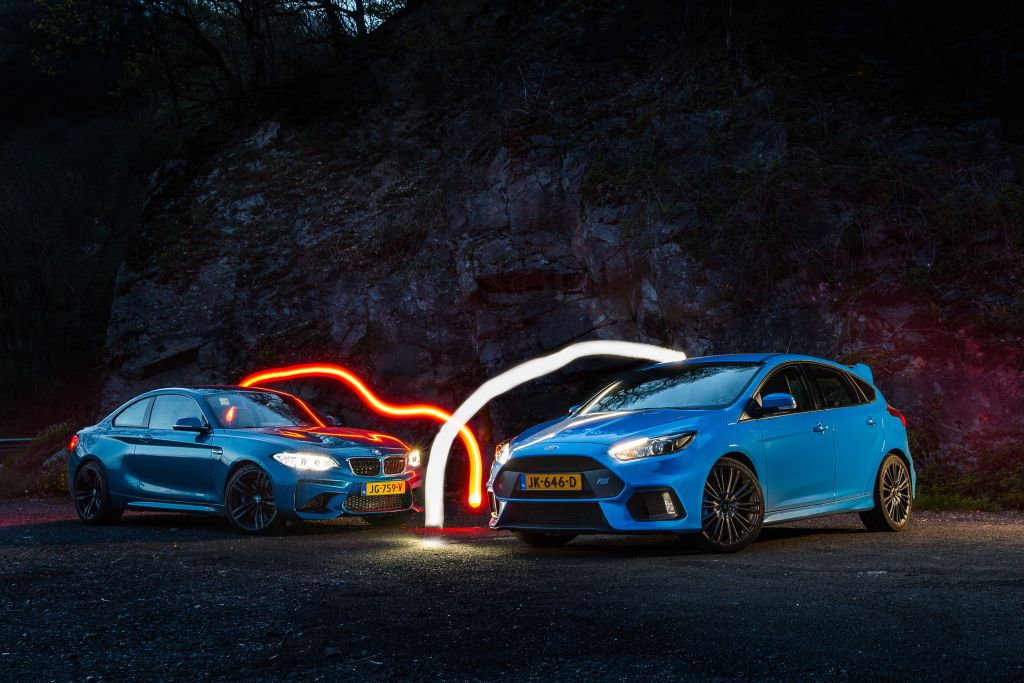 2016 Focus RS vs BMW M2 | review by Autovisie