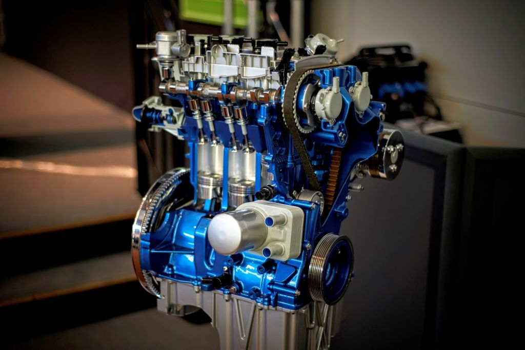 Ford 1.0 EcoBoost engine wins 5th award on row