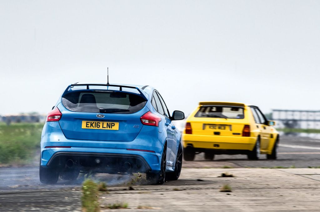 2016 Ford Focus RS vs 1992 Lancia Delta HF Integrale Evo 1