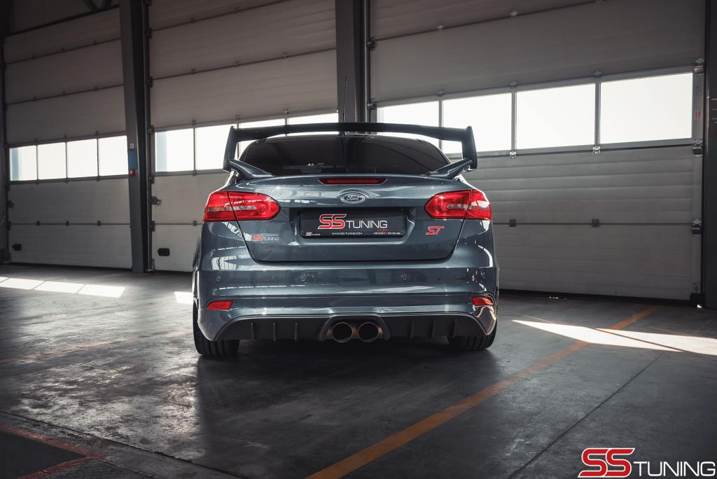 Een Sportieve Ford Focus St Sedan Bestaat Dat Www