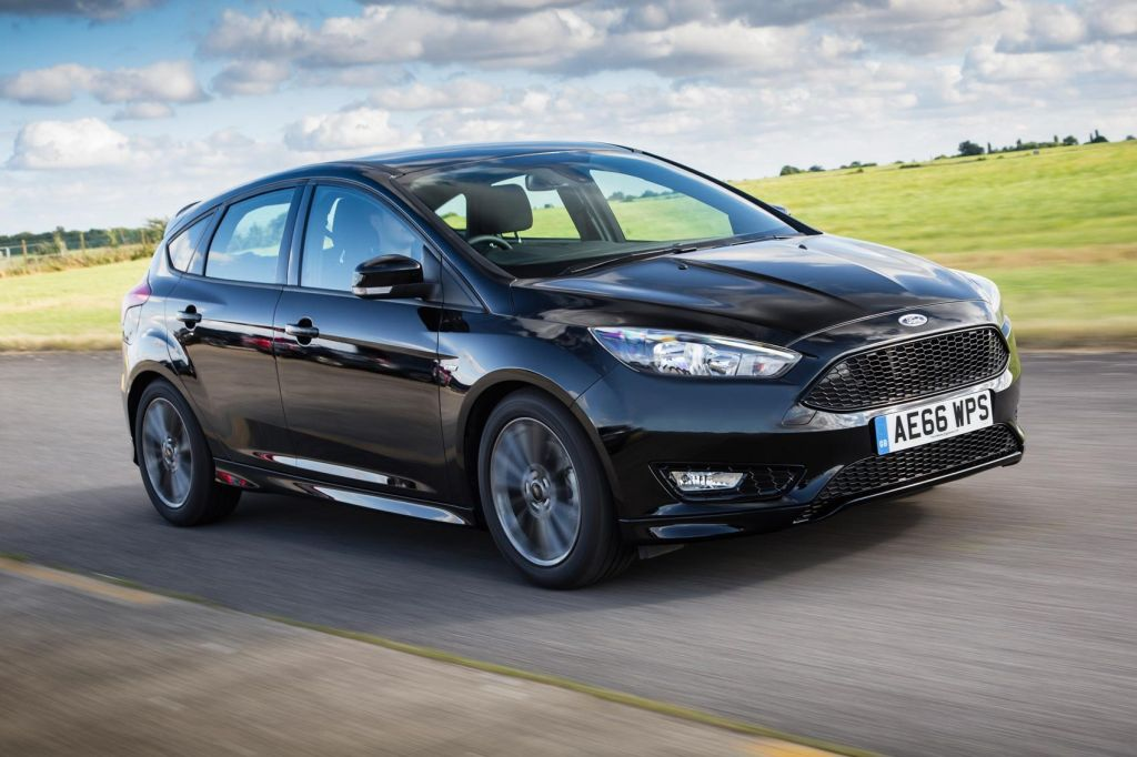 2016 ford focus st line 1 5 ecoboost 148bhp review. Black Bedroom Furniture Sets. Home Design Ideas