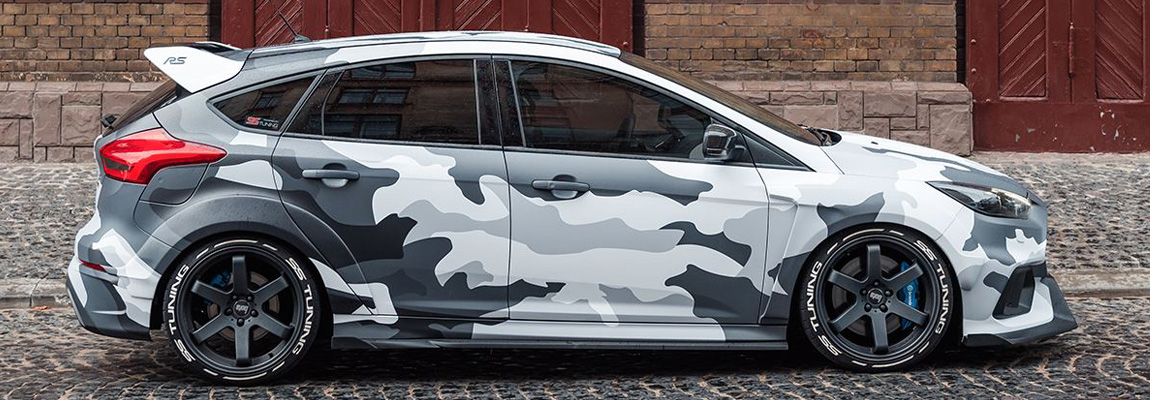 Ford Focus RS Mk3 in Camouflage Wrapping & Bodykit