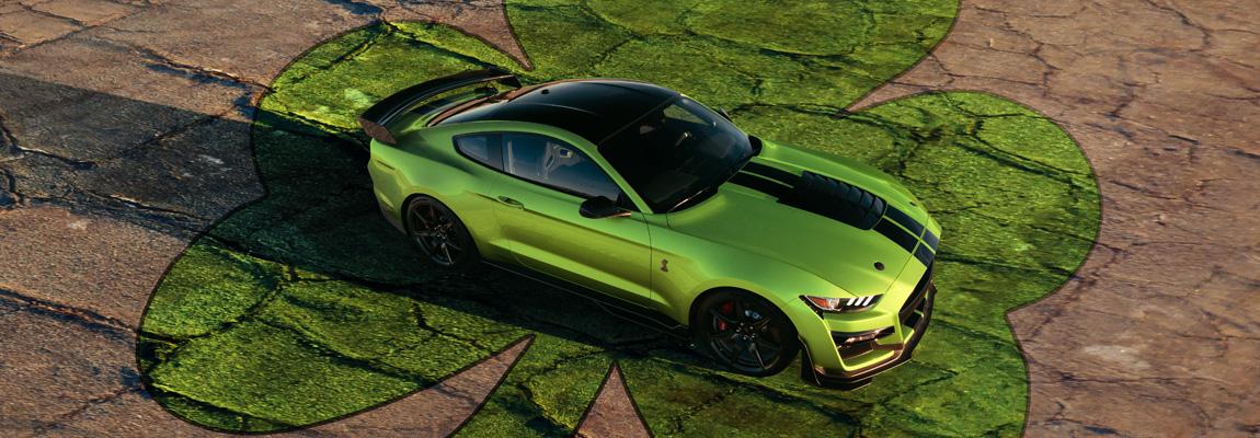 Heritage geïnspireerde 2020 Ford Mustang in retro Grabber Lime