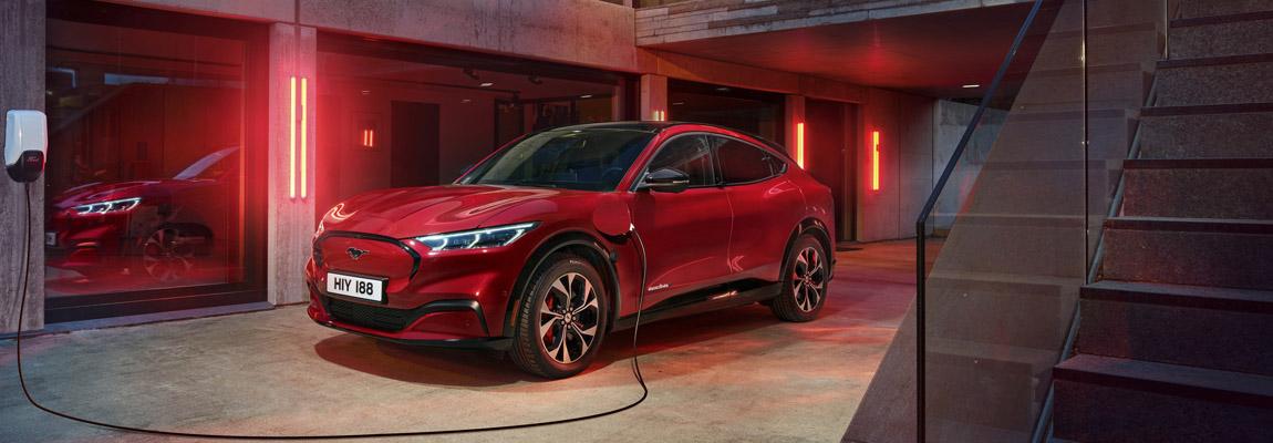 Ford Europa zet volledig in op geëlektrificeerde auto's, fabriek in Keulen begint aan transformatie