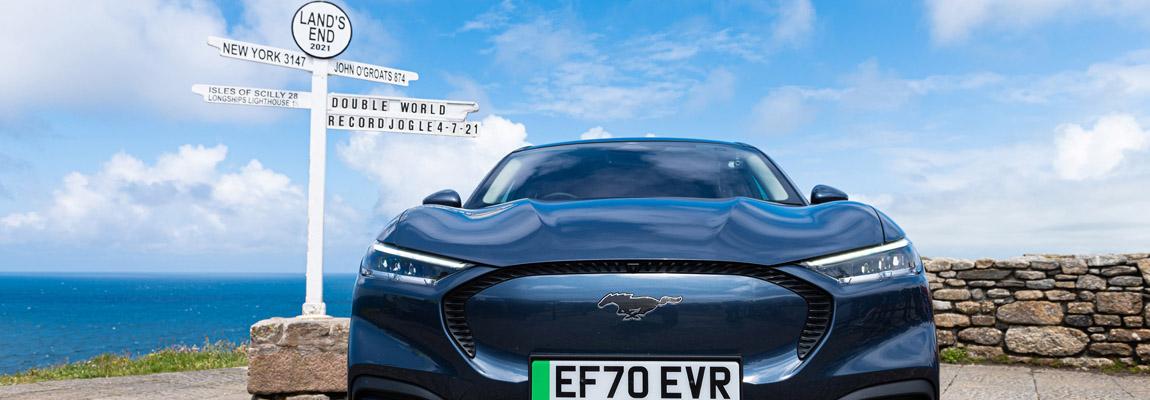 Guinness World Records™ | Ford Mustang Mach-E de boeken in als 'de zuinigste'